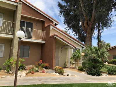 Palm Desert Condo/Townhouse For Sale: 307 Tava Lane