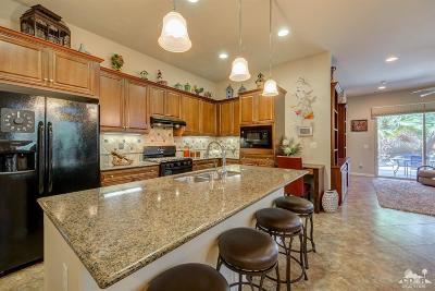 Indio Single Family Home For Sale: 81526 Avenida Viesca