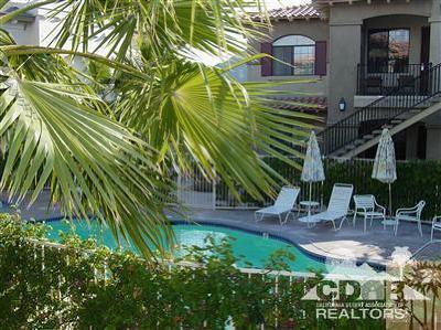 La Quinta Condo/Townhouse For Sale: 50610 Santa Rosa Plaza #1