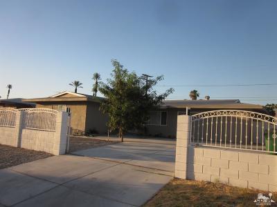 Cathedral City Single Family Home For Sale: 69981 Papaya Lane Lane