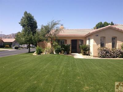La Quinta Single Family Home Contingent: 45945 La Reina Court