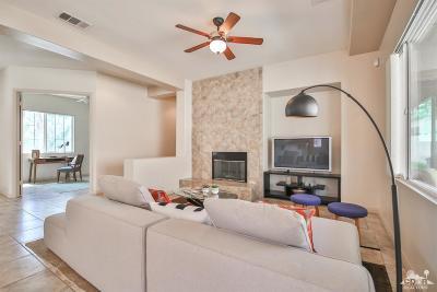 Indio Single Family Home Contingent: 48521 Via Carisma