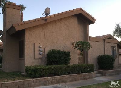 Indio Condo/Townhouse Contingent: 47395 Monroe Street #157