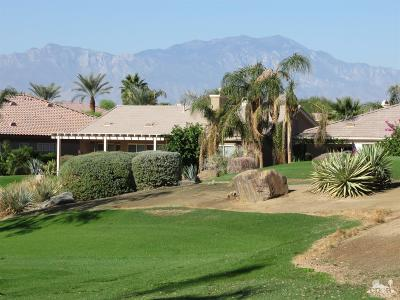 Indio Single Family Home Contingent: 43375 Saint Andrews Drive