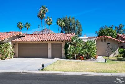 La Quinta Condo/Townhouse For Sale: 49826 Coachella Drive