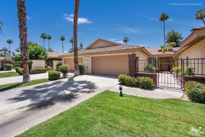 Palm Desert Condo/Townhouse For Sale: 273 Santa Barbara Circle