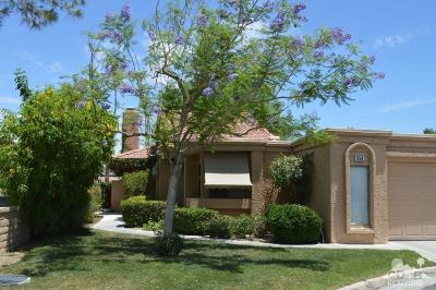 Palm Desert Single Family Home For Sale: 44059 Chamonix Court