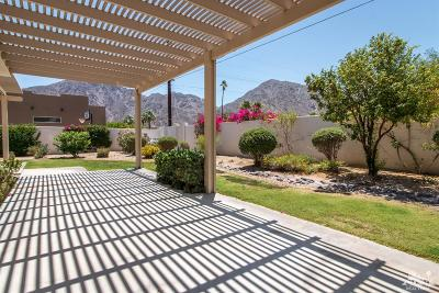 La Quinta Single Family Home Contingent: 53480 Avenida Velasco