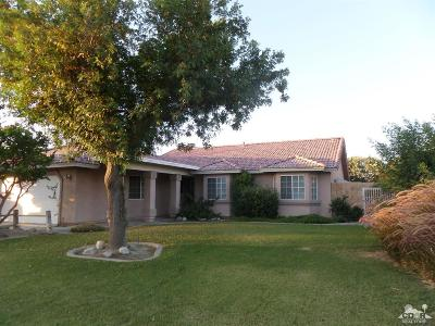 Indio Single Family Home Contingent: 81385 Avenida Coyote