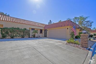 Palm Desert Resort C Condo/Townhouse For Sale: 40926 La Costa Circle East #49-3