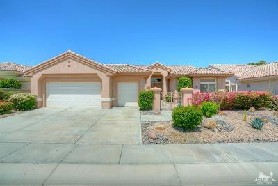 Palm Desert Single Family Home For Sale: 37559 Festival Drive