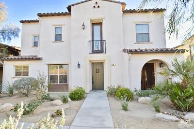 Palm Desert Condo/Townhouse For Sale: 184 Paseo Bravo