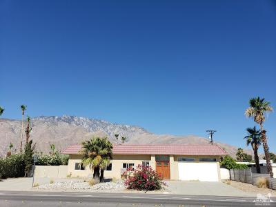 Palm Springs Single Family Home For Sale: 2453 North Avenida Caballeros