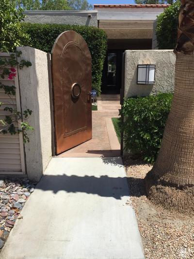 Rancho Mirage Condo/Townhouse For Sale: 923 Inverness Drive