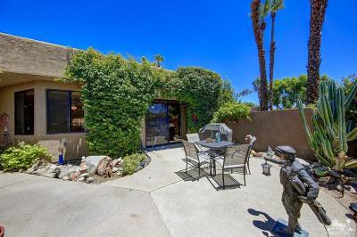 La Quinta CA Condo/Townhouse For Sale: $539,000