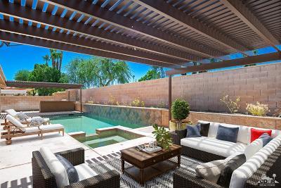La Quinta CA Single Family Home For Sale: $444,900