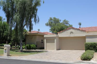 Desert Horizons C.C. Single Family Home For Sale: 75424 Riviera Drive