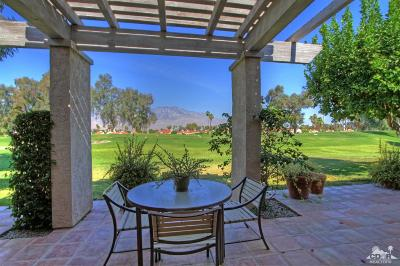 Rancho Mirage Condo/Townhouse For Sale: 714 Inverness Drive