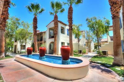 La Quinta Condo/Townhouse For Sale: 48676 Legacy Drive