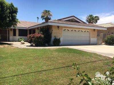 La Quinta Single Family Home Contingent: 46250 Roadrunner Lane