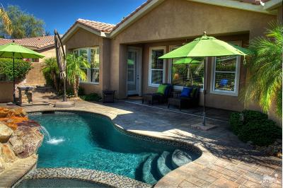 La Quinta Single Family Home Contingent: 81895 Prism Drive