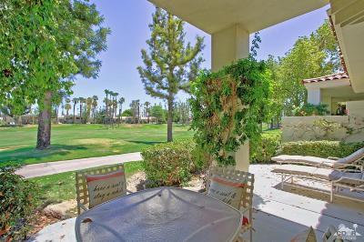 La Quinta Condo/Townhouse For Sale: 55066 Shoal Creek