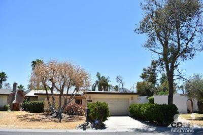 Palm Desert Country Single Family Home For Sale: 76917 New York Avenue