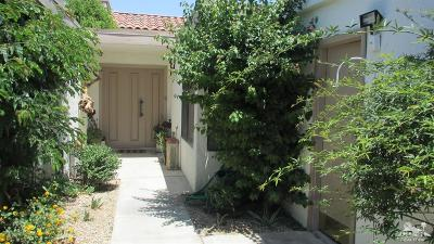 Rancho Mirage Condo/Townhouse For Sale: 111 Torremolinos Drive #111