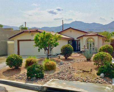La Quinta Single Family Home For Sale: 53553 Avenida Villa