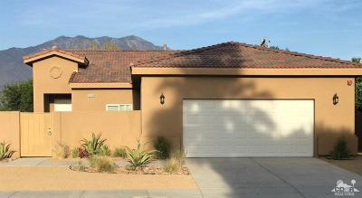 Cathedral City Single Family Home For Sale: 32978 Navajo Trail