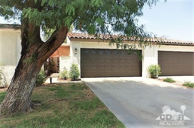2 bed / 2 partial baths Condo/Townhouse in Rancho Mirage for $279,000