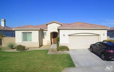 Indio Single Family Home For Sale: 43276 Shasta Place