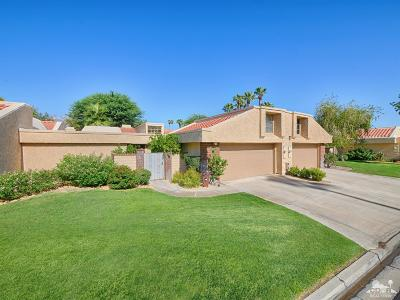 Cathedral City Condo/Townhouse For Sale: 34613 Paseo Malaga