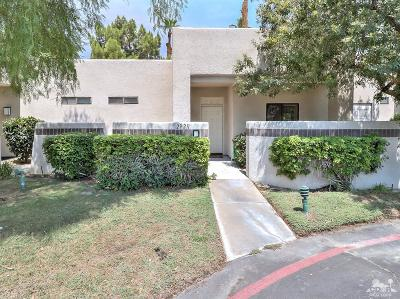 Cathedral City Condo/Townhouse For Sale: 29211 East Portales Drive East
