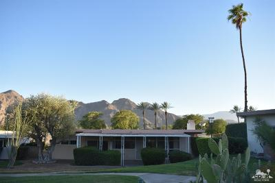 Indian Wells Single Family Home Contingent: 77430 Miles Avenue