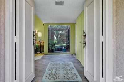 Rancho Mirage Condo/Townhouse For Sale: 14 Granada Drive