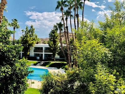Palm Springs CA Condo/Townhouse For Sale: $182,500