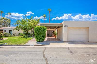 Palm Springs Condo/Townhouse For Sale: 1613 Paseo De La Palma