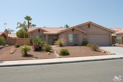 La Quinta Single Family Home Contingent: 79145 Desert Stream Drive