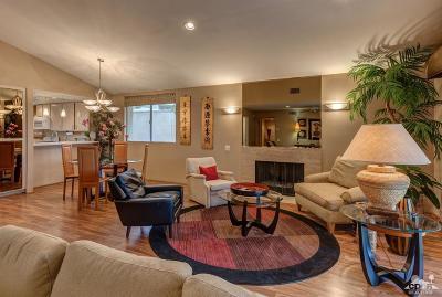 Palm Springs Condo/Townhouse For Sale: 2167 South Via Mazatlan