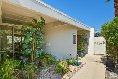 Palm Desert Condo/Townhouse For Sale: 451 Sandpiper Street
