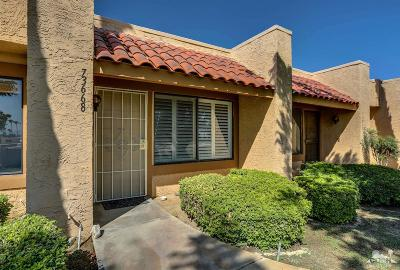 Palm Desert Condo/Townhouse For Sale: 73668 Mesquite Court