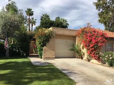 Palm Springs Condo/Townhouse For Sale: 2345 South Cherokee Way #91