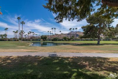 Palm Springs Condo/Townhouse For Sale: 44 Lakeview