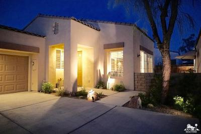 La Quinta Single Family Home Contingent: 79338 Cool Reflection