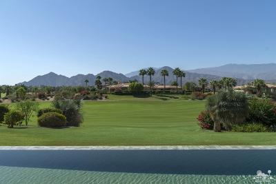 Indian Wells Single Family Home Contingent: 76309 Via Saturnia