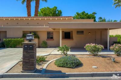 Palm Desert Resort C Condo/Townhouse For Sale: 40114 Baltusrol Circle