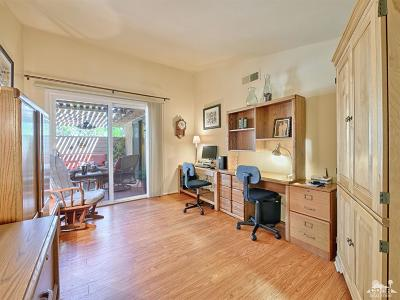 Cathedral City Condo/Townhouse For Sale: 68537 Calle Alcazar