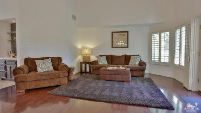 La Quinta Condo/Townhouse For Sale: 77690 Los Arboles Drive