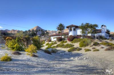 Palm Desert Single Family Home For Sale: 71450 Jaguar Way